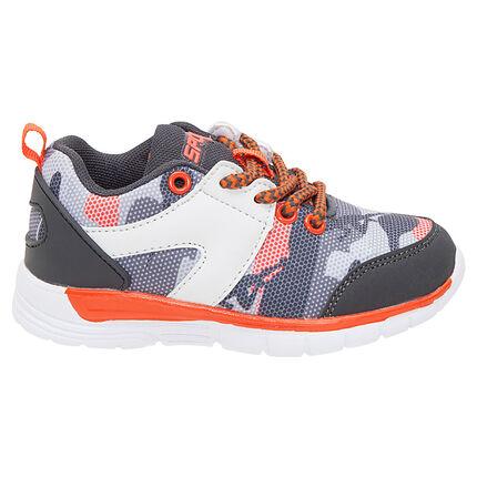 Αθλητικά παπούτσια με κορδόνια σε στιλ μιλιτέρ σε νούμερα 24 έως 27