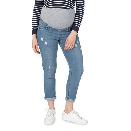 Τζιν εγκυμοσύνης με used όψη, μόνιμες τσακίσεις και φαρδιά φάσα στη μέση