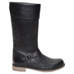 Δερμάτινες μαύρες μπότες με διακοσμητική αγκράφα και ρεβέρ