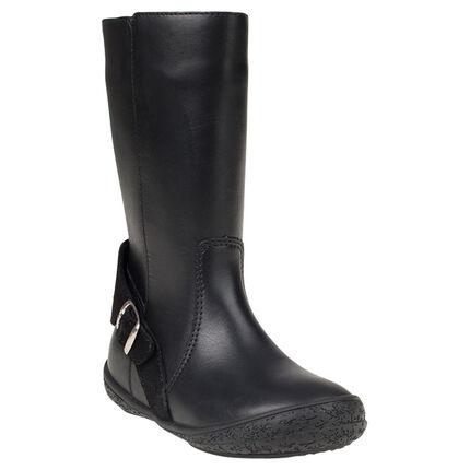 Μαύρες δερμάτινες μπότες με αγκράφες και τρουκ, μεγέθη 24 ως 27