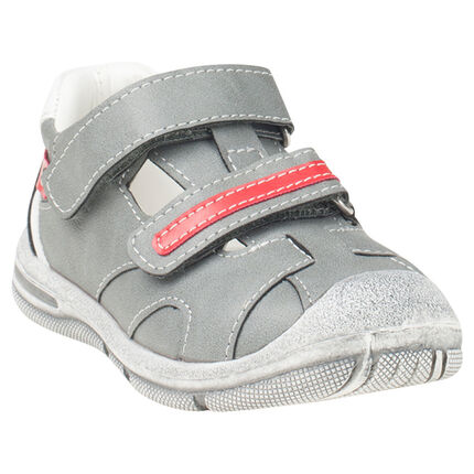Παπούτσια με μπαρέτα και βέλκρο, από συνθετικό δέρμα