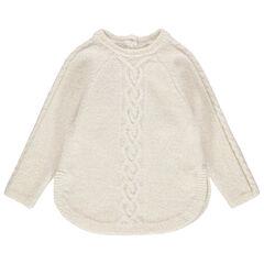 Pull en tricot torsadé à pans arrondis
