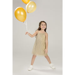 Χρυσαφί πλισέ φόρεμα με λεπτές τιράντες