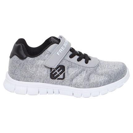 Χαμηλά αθλητικά παπούτσια με ελαστικά κορδόνια και αυτοκόλλητο velcro FREEGUN