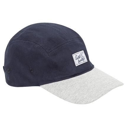 Δίχρωμο καπέλο από τουίλ με υφαντή ετικέτα