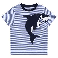 Κοντομάνικη ζέρσεϊ μπλούζα με κεντημένο καρχαρία