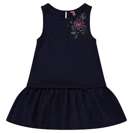 Αμάνικο φόρεμα κρεπ με εφέ κεντήματος