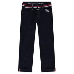 Παντελόνι με μόνιμες τσακίσεις και αφαιρούμενη ζώνη με πολύχρωμες ρίγες σε σχέδιο πλεξίδα