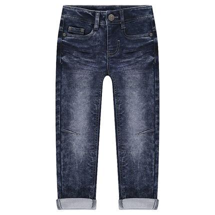 Παντελόνι από φανέλα με όψη used ντένιμ και μόνιμες τσακίσεις