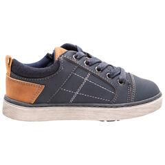Χαμηλά αθλητικά παπούτσια σε σκούρο μπλε με κορδόνια και καμηλό λεπτομέρειες, από 28 έως 35