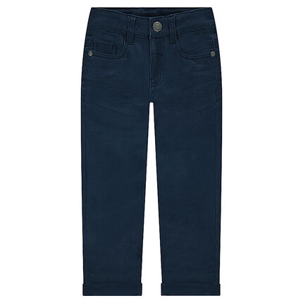 Παντελόνι με τσαλακωμένη όψη και τσέπη με ανάγλυφα γράμματα