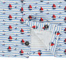 Σύνολο με μπλούζα με διάσπαρτα σχέδια και ριγέ σαλοπέτα