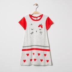 Κοντομάνικο πλεκτό φόρεμα με μοτίβο με γατούλες και ζακάρ καρδιές