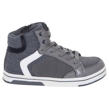 Ψηλά αθλητικά παπούτσια από δύο υλικά με κορδόνια και φερμουάρ
