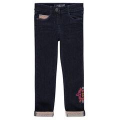 Jeans effet molleton avec broderies