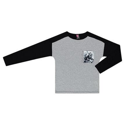 Παιδικά - Δίχρωμη μακρυμάνικη μπλούζα με τυπωμένη τσέπη