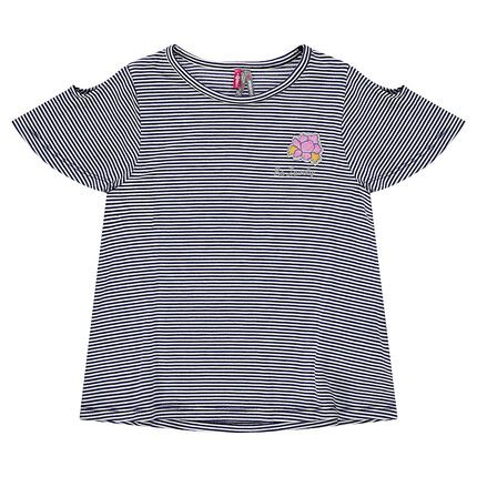 Ριγέ κοντομάνικη μπλούζα με ανοίγματα στους ώμους και μπάλωμα με λουλούδι