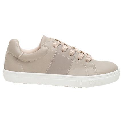 Χαμηλά αθλητικά παπούτσια μονόχρωμα με κορδόνια σε νούμερο 28 έως 35