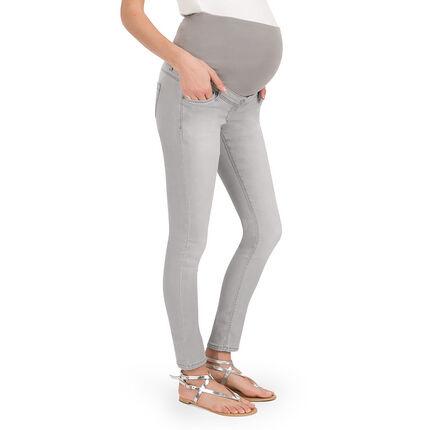 Τζιν εγκυμοσύνης σε slim γραμμή με φθαρμένη όψη
