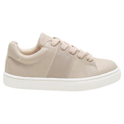 Χαμηλά αθλητικά παπούτσια από συνθετικό δέρμα με κορδόνια