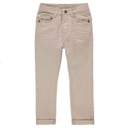 Μονόχρωμο παντελόνι τουίλ με μόνιμες τσακίσεις
