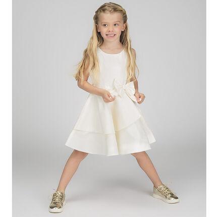 Αμάνικο σατέν φόρεμα με βολάν και φιόγκο στη μέση