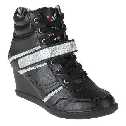 Αθλητικά παπούτσια με πάτο, κορδόνια και αυτοκόλλητο velcro