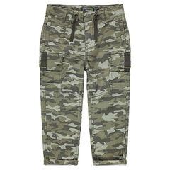 Παντελόνι με πολλές τσέπες και εμπριμέ μοτίβο παραλλαγής
